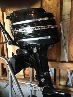 1959 Vintage Mercury 9.8hp Outboard Motor