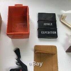 1964 VINTAGE GI JOE JOEZETA 1970 ADVENTURE TEAM PIGMY GORILLA / BOAT Parts
