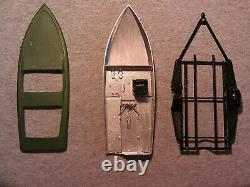 1/25 Scale Vintage Boat and Trailer Parts Junkyard