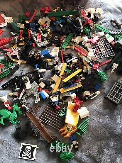 Lego Lot of Mixed parts and case Vintage 1980's boat, medieval, pirate 5 lbs