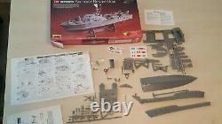 Lindberg 1/72 Scale Air Force Model Kit Ship Boat Vtg Plastic Partial FOR PARTS
