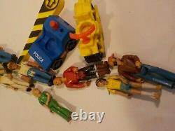 N VINTAGE FISHER PRICE ADVENTURE PEOPLE Parts lot figures 99 race Car Boats+