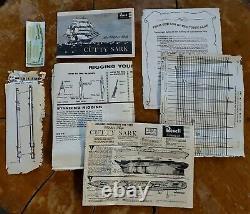 UNBUILT Revell vintage Cutty Sark H364-995 plastic model ship 1/96 opened PARTS