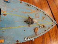 VINTAGE 1940'S BATTERY OPERATED WOOD 17 LONG boat for parts