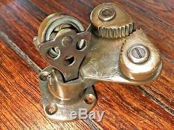 VINTAGE MERRIMAN BRONZE SWIVEL BASE WithBRONZE ROLLER BEARING PULLEY & CAM-CLEAT