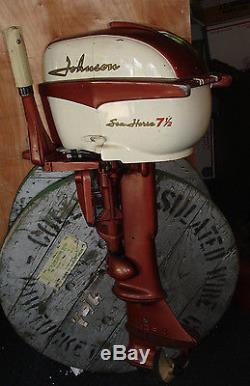 Vintage 1958 Johnson Seahorse 7.5 H. P. Outboard boat Engine/Motor