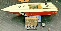 Vintage 32 RC Boat AS IS FOR PARTS Octura K&B