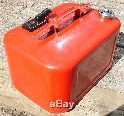 Vintage Antique Kiekhaefer Mercury 6 Gallon Outboard Motor Fuel Gas Tank Can