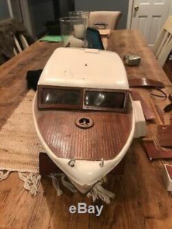 Vintage Chris Craft Super Deluxe Cruiser R/C Model Boat 28 Parts/Repair