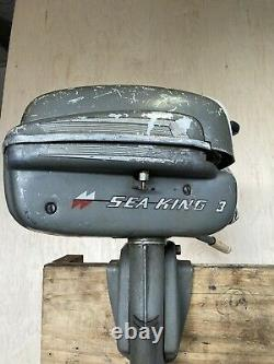 Vintage / GG8962A Montgomery Ward Outboard Boat Motor Parts or Repair