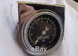 Vintage Stewart Warner 10 PSI Pressure Gauge Large Diameter Cresent Needle RARE