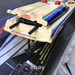Vintage Traxxas Nitro Vee Model 3510 Rc Boat As Is For Parts Or Repair