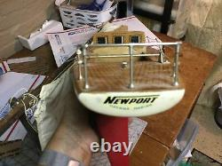 Vintage estate 31 Model Yacht Sail Boat Ship Movable Rudder-for Parts Or Repair